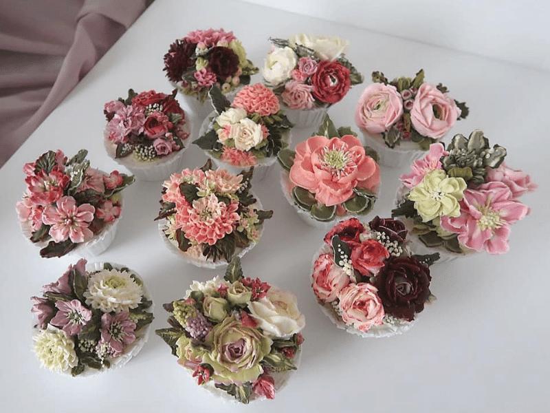 Kwiaty maślane