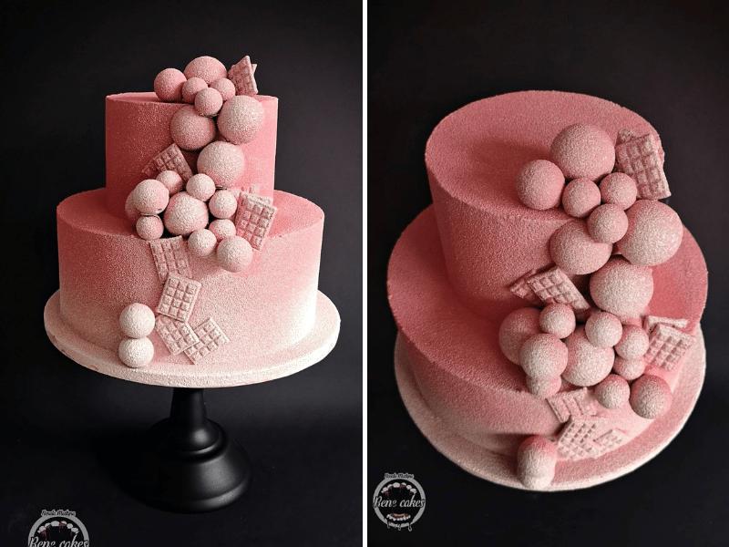 Tort dwupiętrowy w zamszu czekoladowym