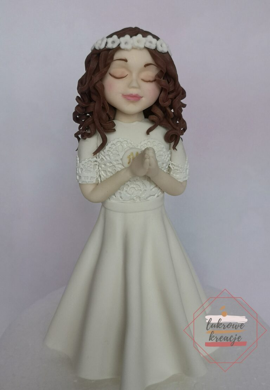 Figurka dziewczynki komunijnej