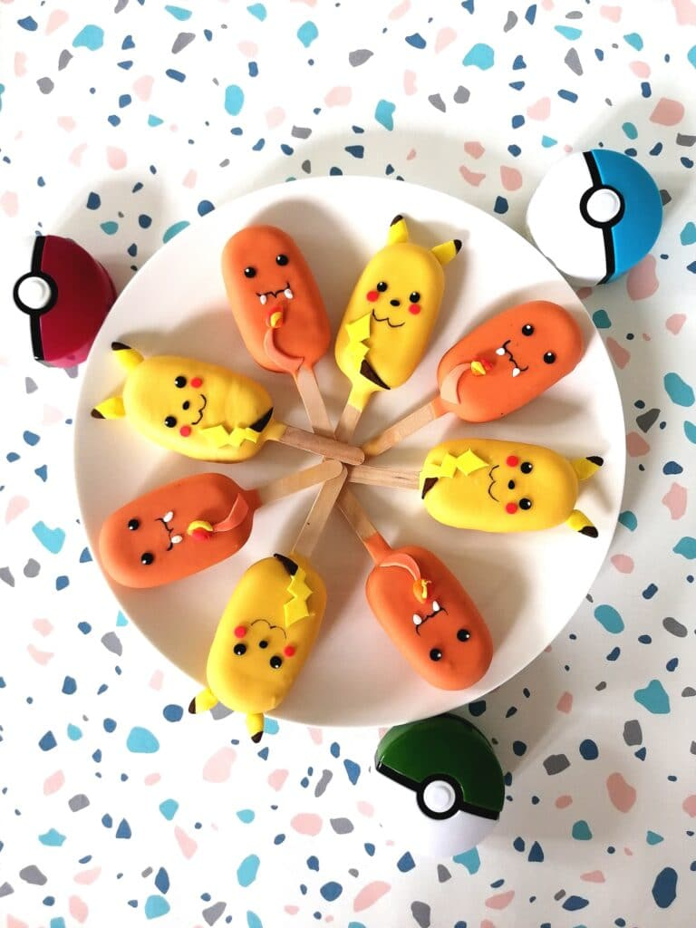 Pokemonowe Cake sicles