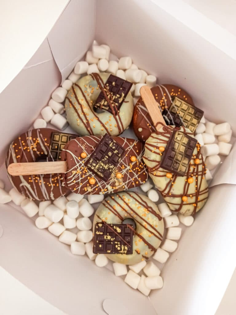 Donuts i cakesicles