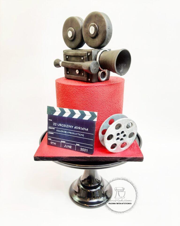 Kamera na czerwonym dywanie